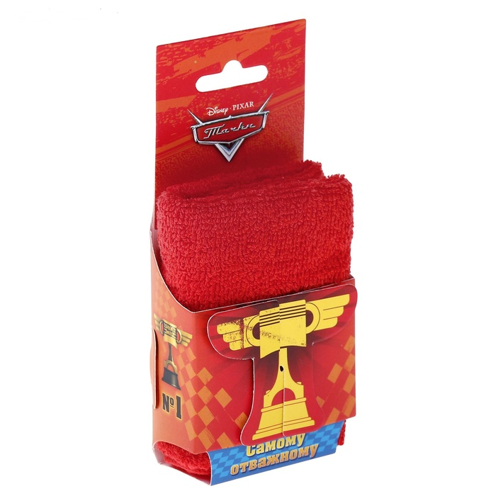 Ярко-красное полотенце Тачки